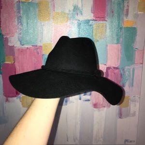 Black wide brim Free People hat